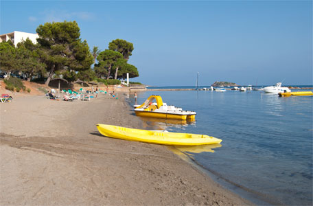 Calas de Ibiza. Playa de S´Argamassa